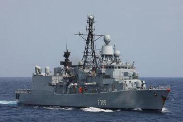 Die Fregatte NIEDERSACHSEN ist Teil des Einsatz- und Ausbildungsverband 2010.