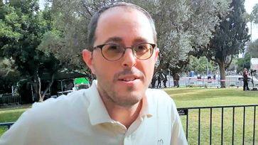 Rabbi Chananya Weissman Bild: Wochenblick / Youtube / Eigenes Werk