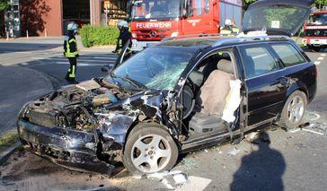 Der Audi wurde erheblich beschädigt. Bild: Polizei Minden-Lübbecke