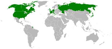 Die Gruppe der Acht, allgemein als G8 bezeichnet, ist ein Zusammenschluss einiger der größten Industrienationen der Welt. Dem Gremium gehören die USA, das Vereinigtes Königreich, Kanada, Japan, Frankreich, Deutschland und Italien (G7) sowie Russland an.