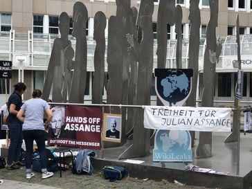Proteste für Julian Assange in Düsseldorf (Symbolbild)