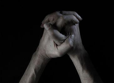 Hoffen, beten und glauben (Symbolbild)