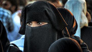 Muslimische Frau (Symbolbild): Der Glaube an einen aufgeklärten Euro-Islam in absehbarer Zeit ist Wunschdenken