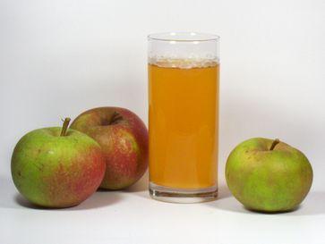 Naturtrüber Apfelsaft aus Boskoop