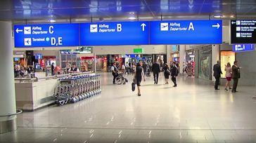 Abflugterminal am Frankfurter Flughafen (Symbolbild)