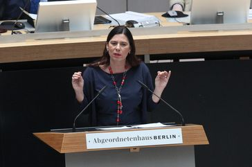 Sandra Scheeres (2017)