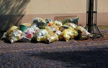 Plastikverpackungen  & Plastikmüll (Symbolbild)