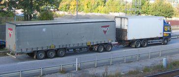EuroCombi mit Dolly und Auflieger (60 t)