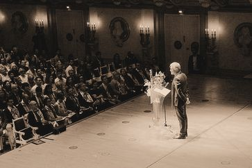 Henrik Enderlein bei der Abschlussfeier der Hertie School 2019 Bild: Hertie School Fotograf: Hertie School