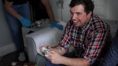 Controller mit Kanüle. Bild: http://kck.st/1y71727, Kickstarter/Blood Sport