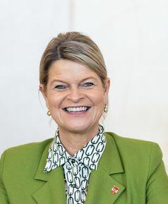 Klaudia Tanner (2020)