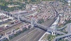 Satellitenbild der Morandi-Brücke in Genua.