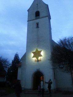 Kirche an Weihnachten