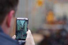 Foto machen: US-Zusteller beweisen Lieferung. Bild: Peter Freitag, pixelio.de