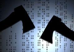 Hacken: der Cyber-Krieg nimmt Fahrt auf. Bild: pixelio.de/G. Altmann