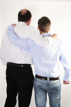 Vater und Sohn, Kooperation, Gemeinsam, Generation (Symbolbild)