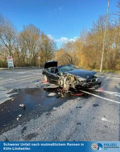 BMW mit Totalschaden2 Bild: Polizei
