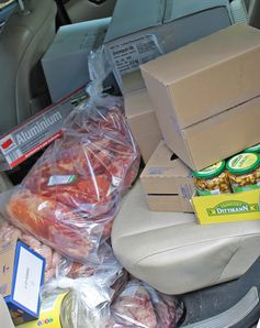 Die Lebensmittel lagen ungekühlt auf dem Rücksitz.