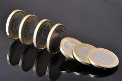Fallende Euros: Hedgefonds nutzen Schulden aus.