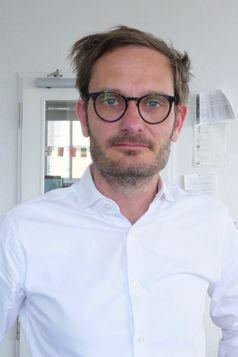 """Tilman Aretz, Chefredakteur n-tv.de, produziert die erfolgreichste deutsche Nachrichten-App, warnt aber vor blinder Technikgläubigkeit. Bild: """"obs/ mediummagazin 3/2018""""."""
