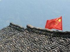 China-Flagge: Binnenkonjunktur im Mittelpunkt. Bild: pixelio.de/Dieter Schütz