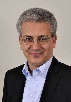 Tarek Al-Wazir (2013).