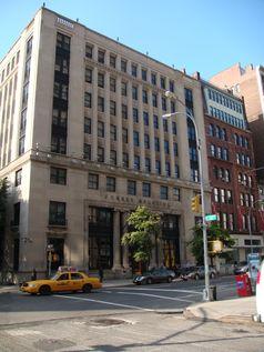 Das Forbes-Gebäude an der Fifth Avenue in New York City