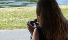 Smartphone: südkoreanische App mit Sicherheitslücken. Bild: pixelio.de/Lupo