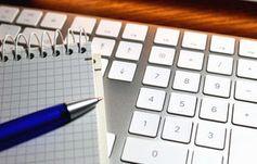 Tastatur: Selbstständige sind konsequente Arbeiter. Bild: I-vista/pixelio.de