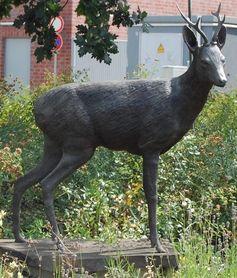 Diese Bronzeskulptur wurde von unbekannten Tätern entwendet. Die Polizei bittet um Hinweise. Bild: Privat