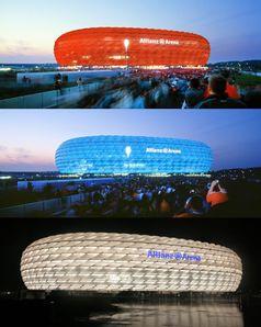 Beleuchtung: für Bayern München (rot), 1860 München (blau) und für neutrale Spiele (z. B. deutsche Nationalmannschaft) (weiß). Bild: Tom from 8L on en.wikipedia