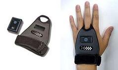 Sensor an der Hand: Hilfe für idealen Schläger. Bild: mizuno.co.jp