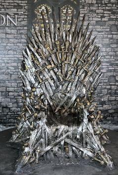 Game of Thrones: Replik des Eisernen Throns