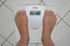 Übergewicht: Diabetes womöglich heilbar. Bild: by-sassi, pixelio.de