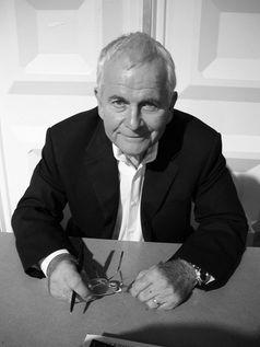 Ian Holm (2004)