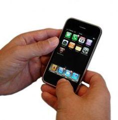 iPhone: GarageBand gratis im App Store. Bild: pixelio.de, Kigoo Images