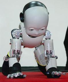 iCub: Bald auch mit berührungsempfindlicher Haut. Bild: robotcub.org
