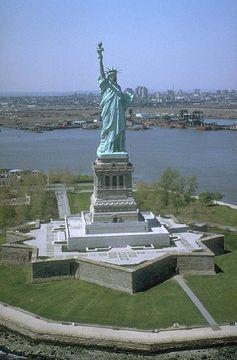 Bild: Freiheitsstatue NYC