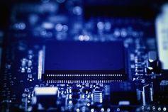 Schaltkreise: Halbleiter sollen billiger werden. Bild: flickr.com/Yuri Samoilov