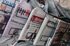 Zeitungen: Rückmeldung von Online-Lesern ist wichtig. Bild: Lupo, pixelio.de
