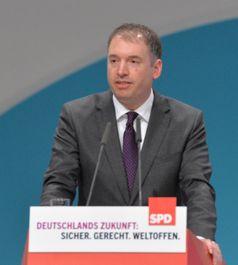 Niels Annen auf dem SPD Bundesparteitag 2015 in Berlin