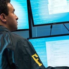 FBI-Agent: eigene Bürger ohne Grund überwacht.