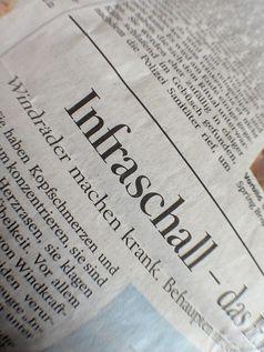 Zeitungsauschnitt zum Thema Infraschall macht krank. Bild: m.p.3., on Flickr CC BY-SA 2.0