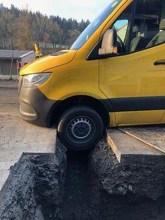 Sprinter in Baugrube #1 Bild: Polizei