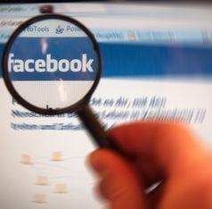Facebook unter der Lupe: Annehmlichkeiten wichtiger. Bild: pixelio.de, A. Klaus