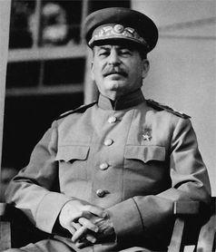 Josef Stalin in Militäruniform auf der Teheran-Konferenz (1943)