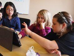 Schüler mit Tablets:  Bild: flickr.com/flickingerbrad