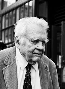 Andy Rooney im Juni 2008 Bild: Stephenson Brown / de.wikipedia.org