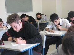 Prüfung schreiben: KI lernt das Korrigieren. Bild: ccarlstead, flickr.com