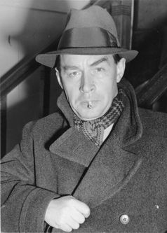 Erich-Maria Remarque  (1939)